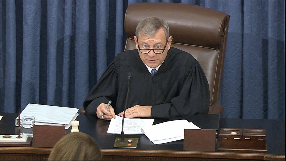Roberts admonishes House prosecution, White House defense