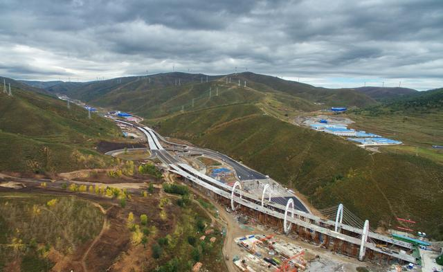 Highway kicks off operation to serve Beijing Winter Olympics