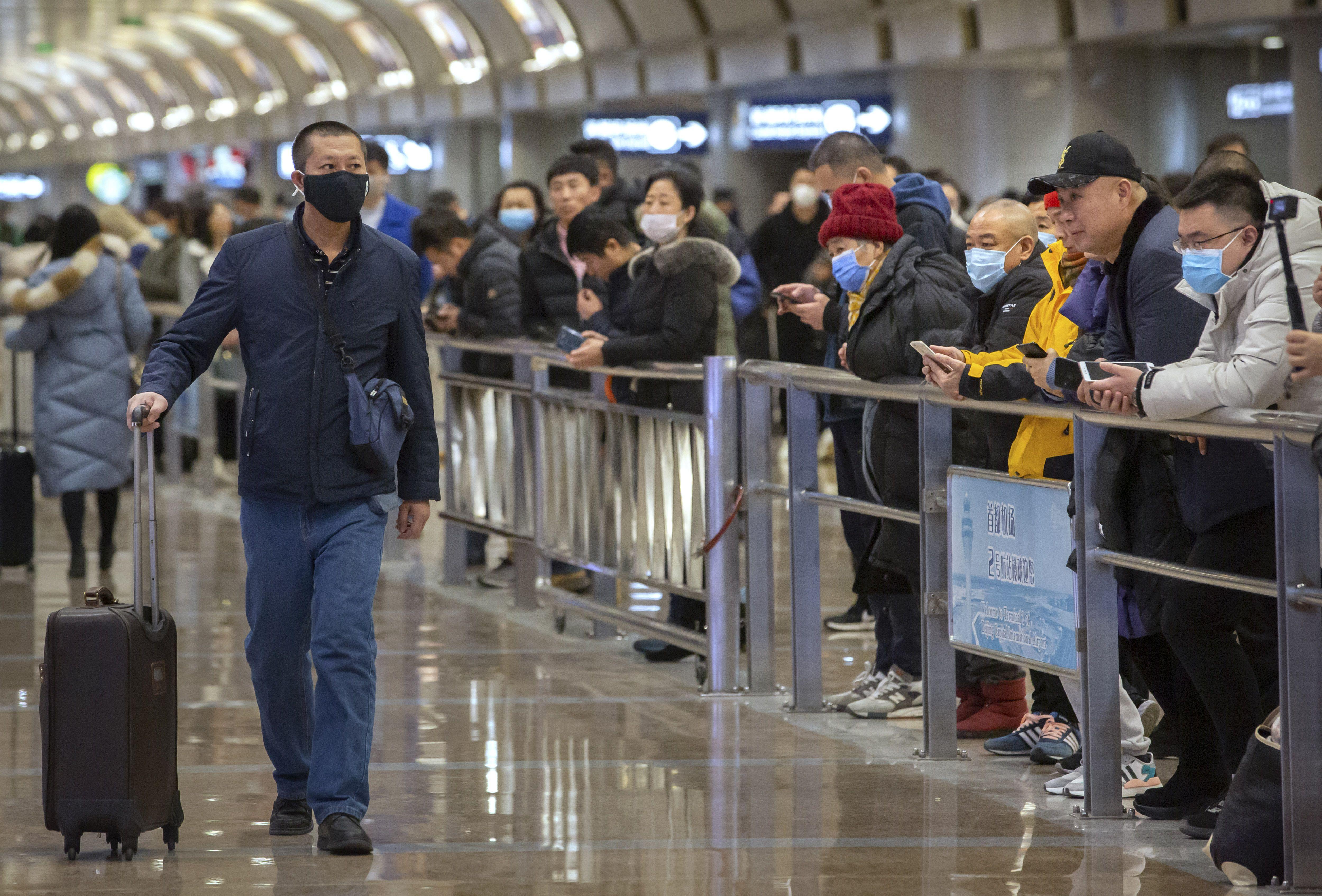 Hundreds of flights canceled in Wuhan amid efforts to curb novel coronavirus