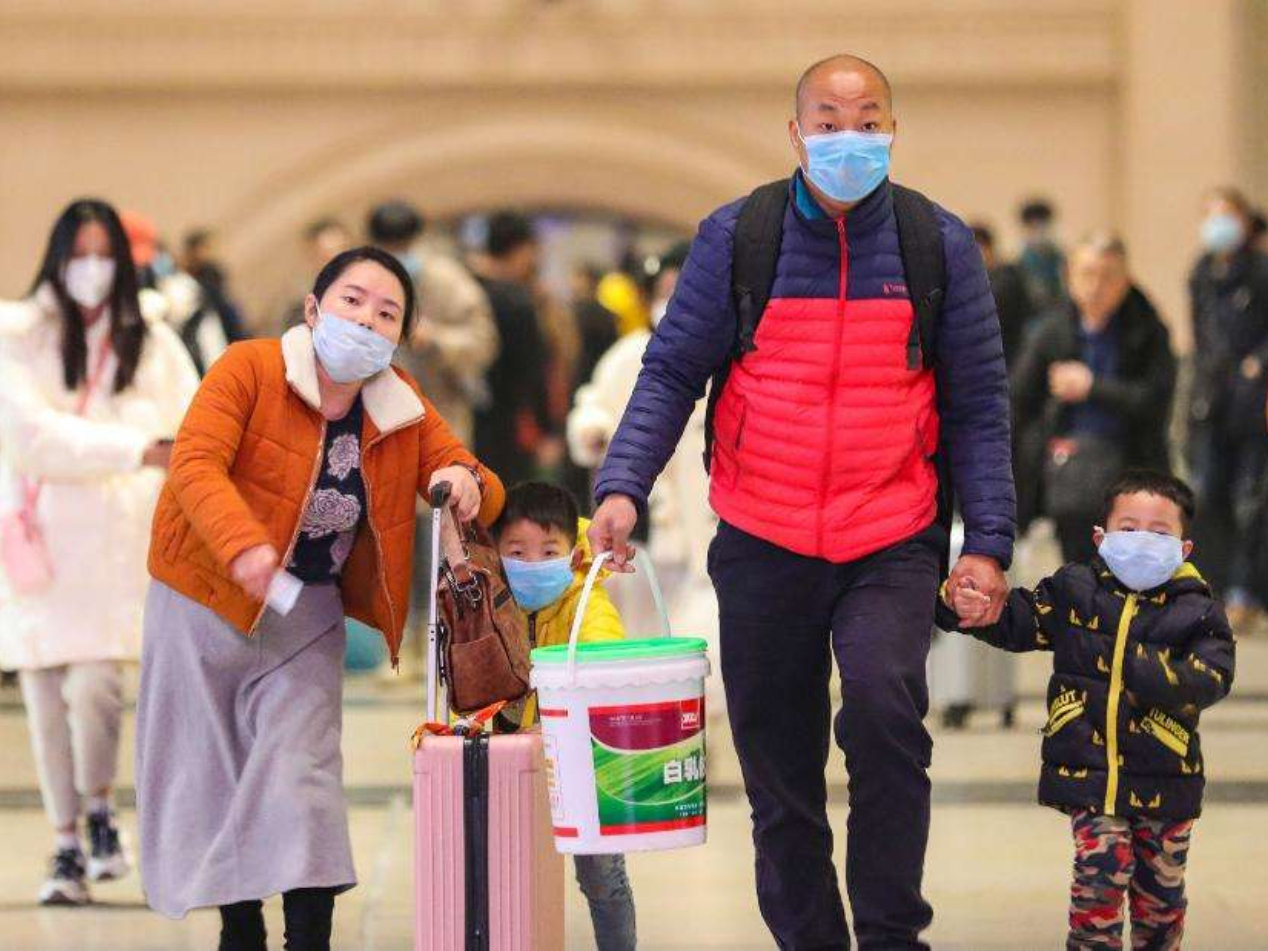 Hubei delays new semester for schools amid efforts to curb virus