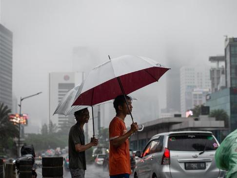 Fog hits Jakarta, Indonesia
