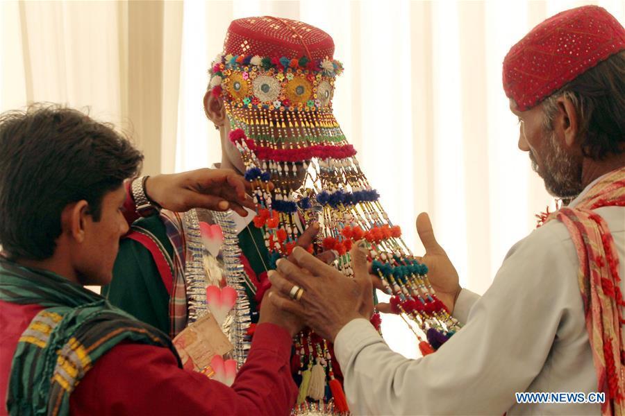 Mass wedding ceremony held in southern Pakistani port city of Karachi