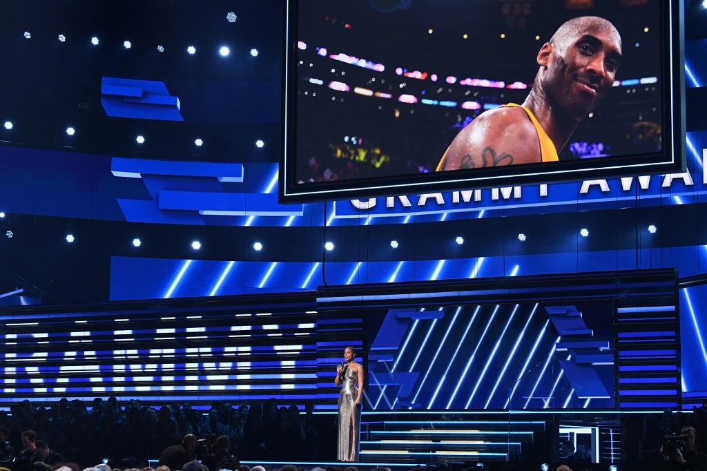 World mourns basketball legend Kobe Bryant after helicopter crash