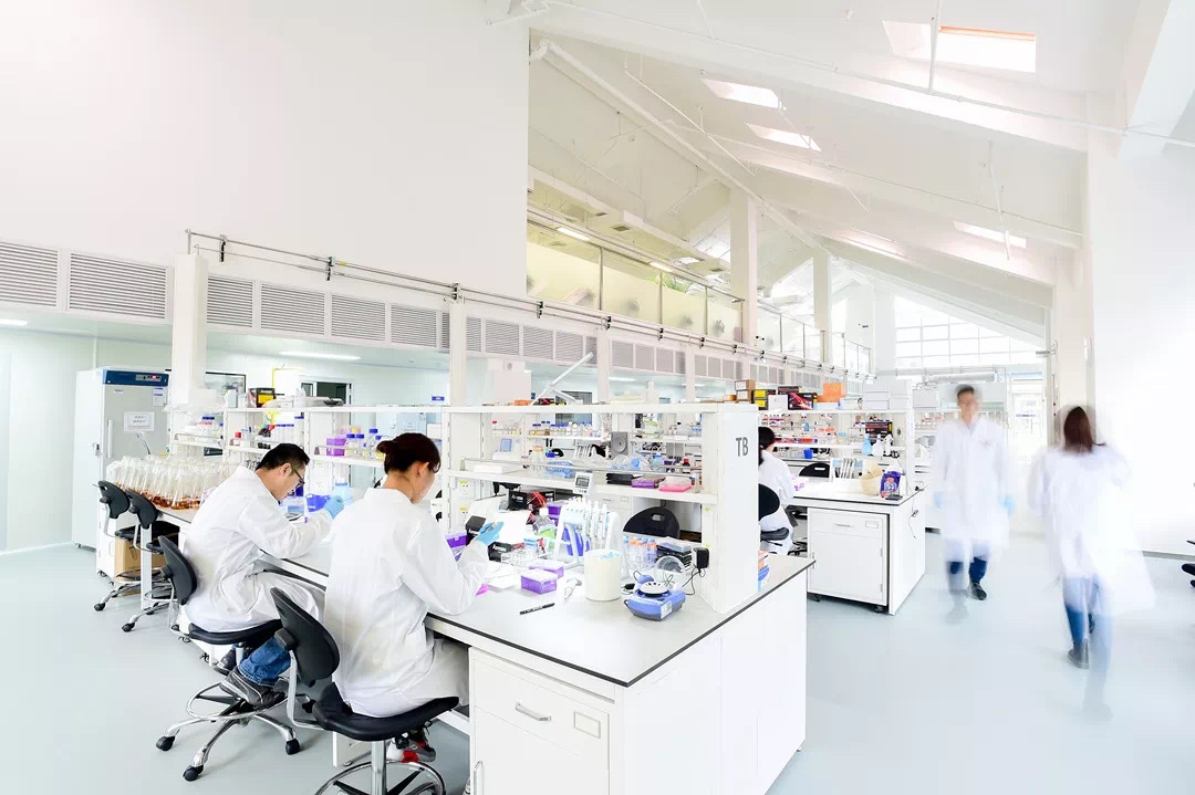 GHDDI, Tsinghua scientists open drug research resources to combat pneumonia outbreak