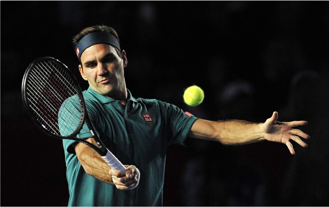 'Lucky' Federer scrapes through to Australian Open semifinals