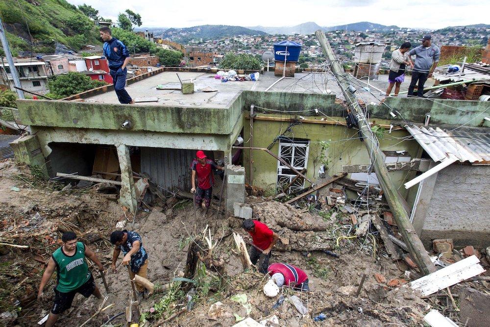 Floods in SE. Brazil leave at least 58 dead, 40,000 displaced