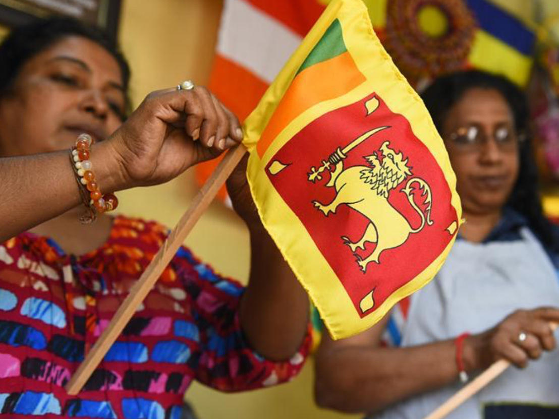Sri Lankan tailors make national flags to celebrate 72nd Independence Day