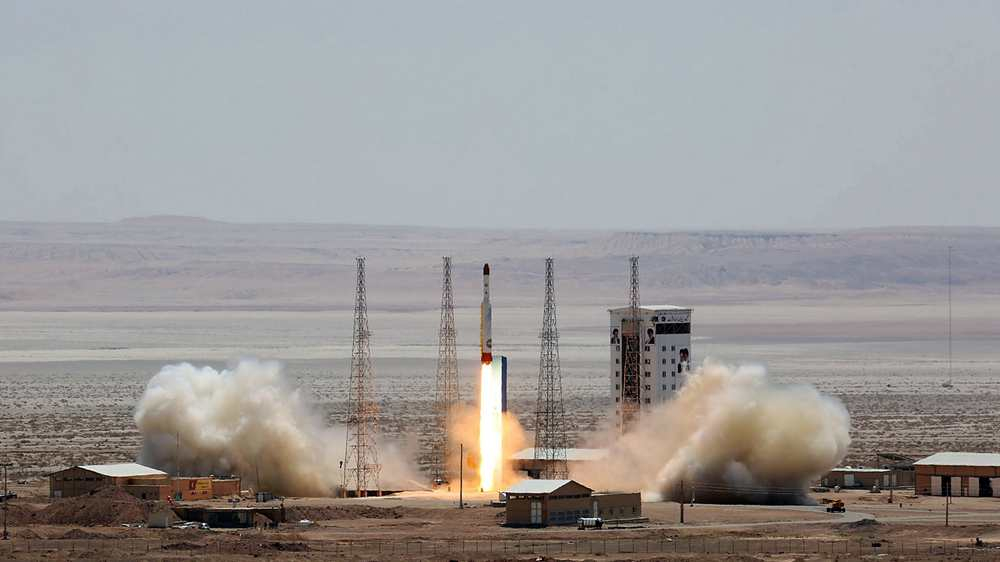 Iran installs rocket to carry satellite to space: minister