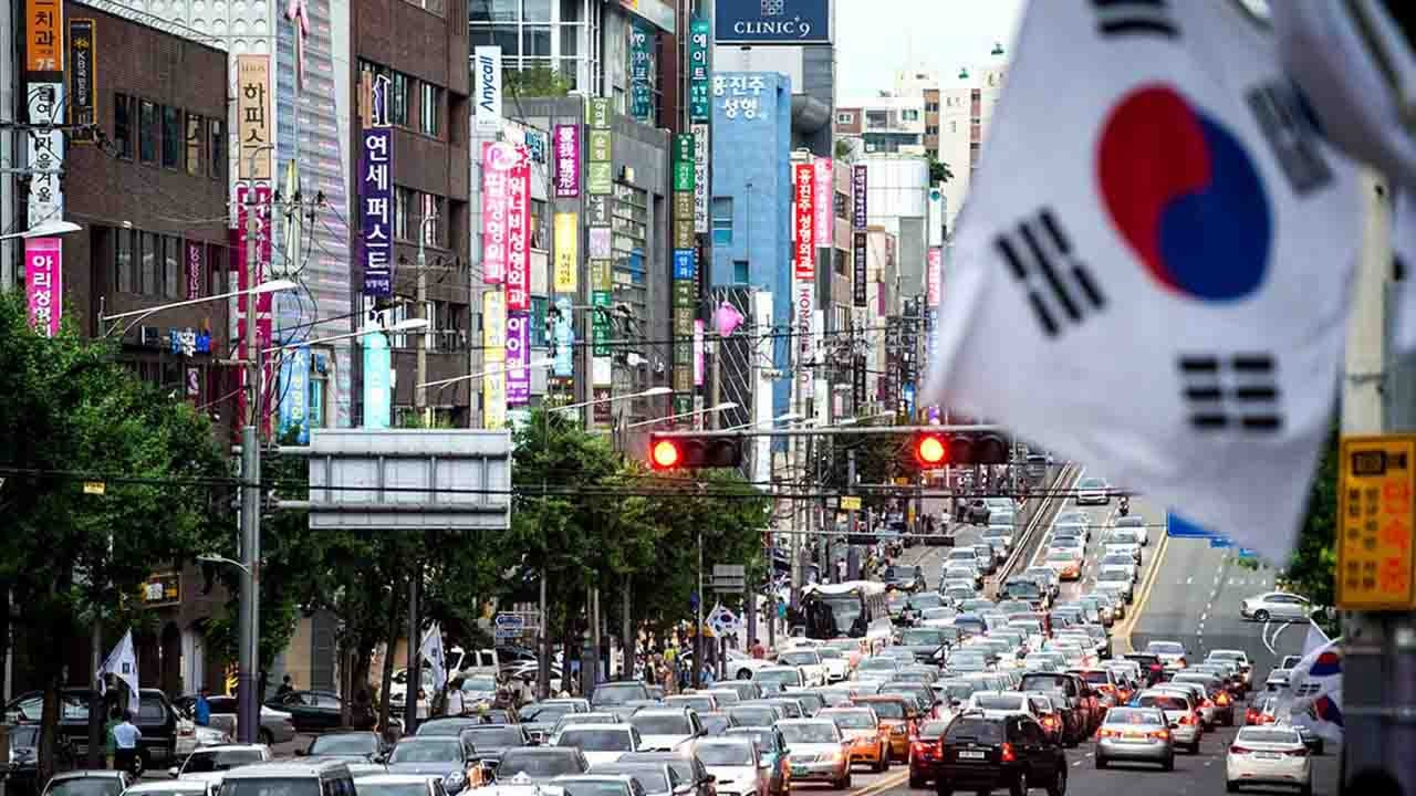 S.Korea's industrial output growth hits record low in 2019
