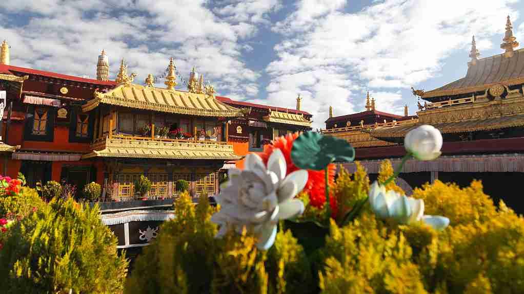 Lhasa strengthens virus control around Jokhang Temple