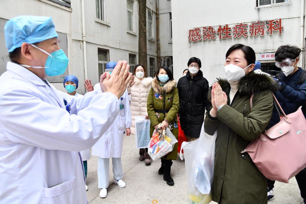 6 infected medical workers discharged from Wuhan Union Hospital of China