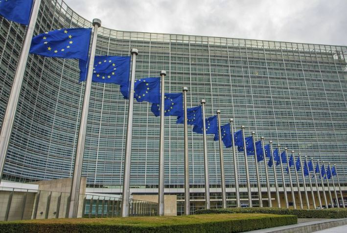 EU delivering 12 tons of protective equipment to China