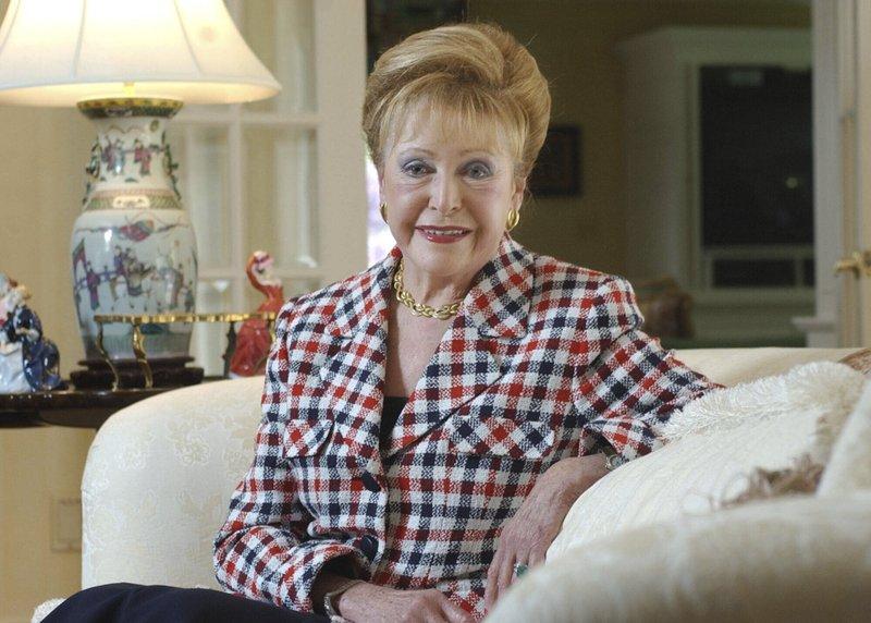 Author Mary Higgins Clark, 'Queen of Suspense,' dead at 92