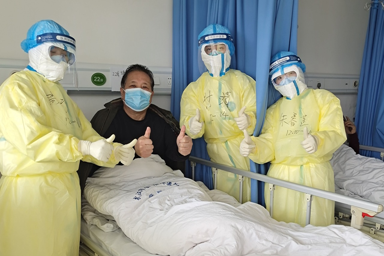 China sees more patients recover from novel coronavirus infection