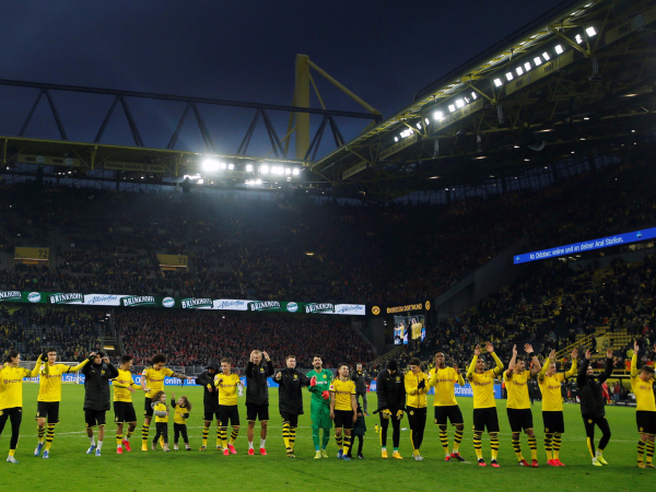Long-forgotten Dortmund on its way to German title