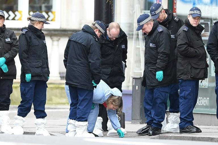 UK to overhaul terror sentences after London knife attack