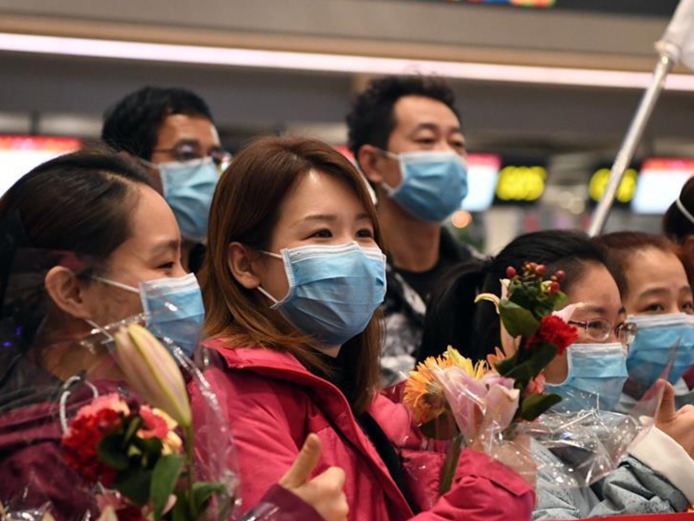 Thousands of medical personnel nationwide rush to Hubei to aid epidemic fight