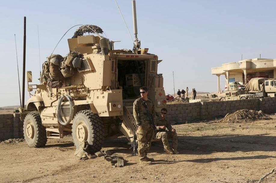 soldiers iraq (ap).jpg