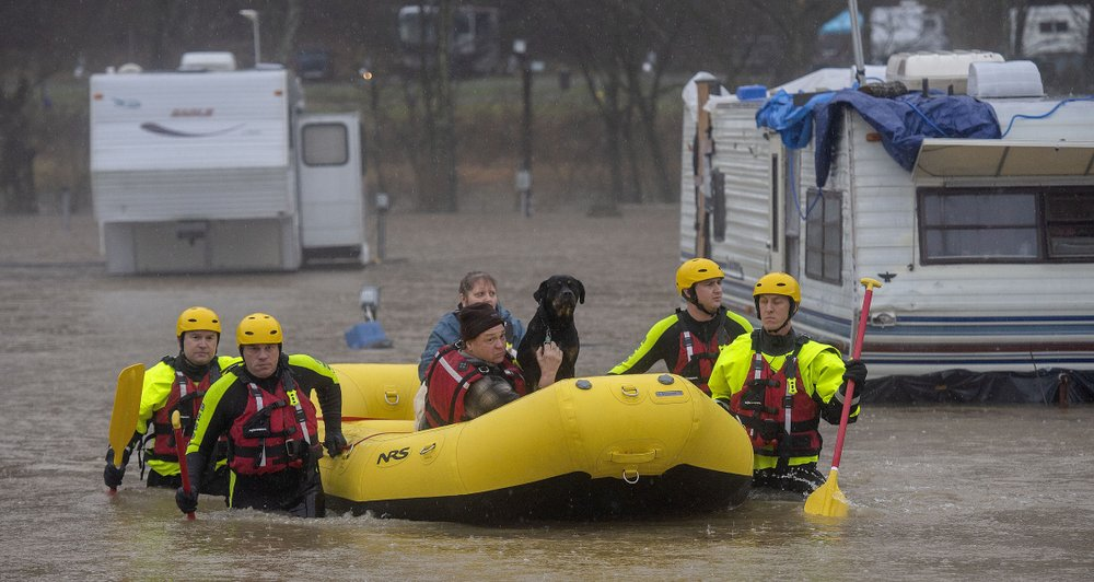 Bad weather moves into US Eastern states; 5 dead in South