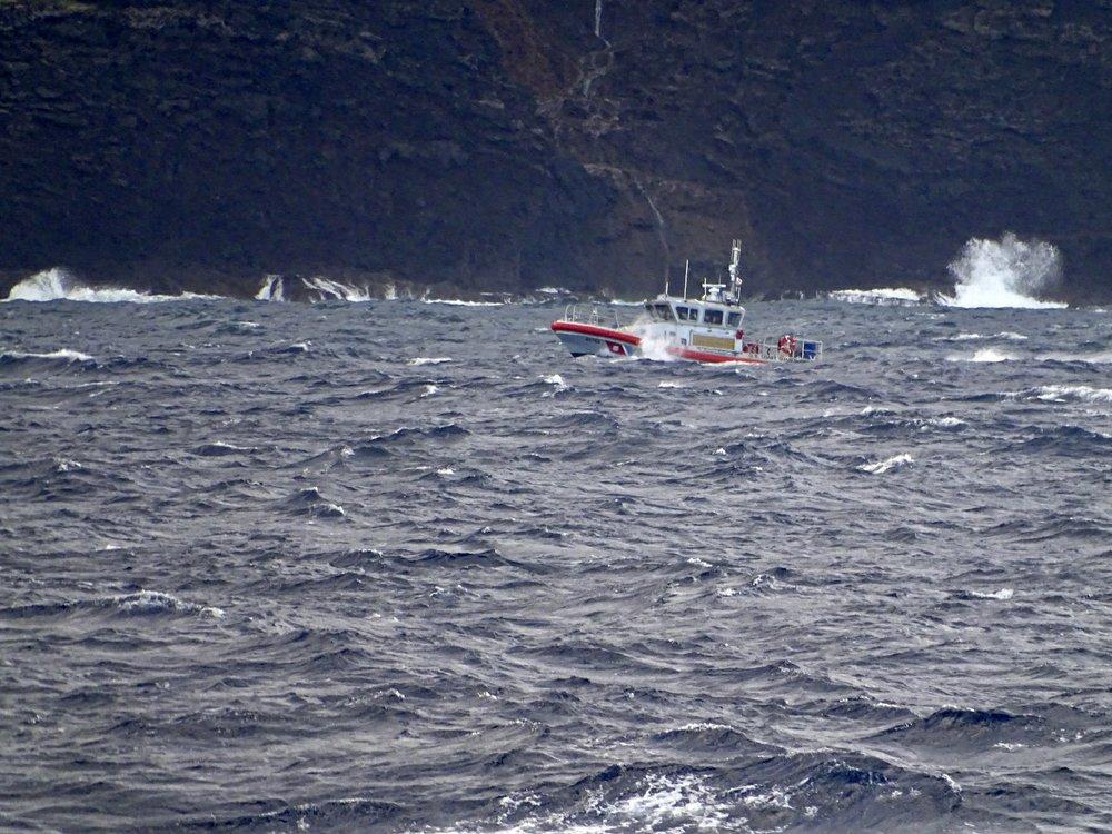 Hawaii helicopter crash pilot lost license for 2010 drug use