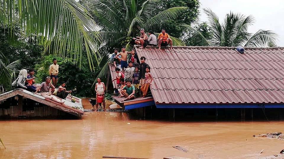 Lao gov't discusses disaster risk management project