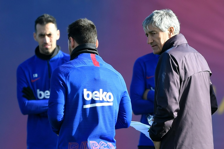 Barcelona coach refuses to get 'into Messi's life' after Abidal row