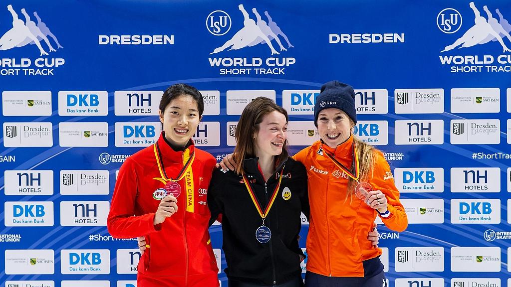 China's Qu Chunyu wins two silvers at ISU Dresden Short Track World Cup
