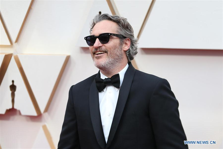"Joaquin Phoenix wins Oscars Best Actor Award for ""Joker"""