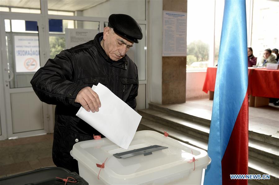 Azerbaijan kicks off snap parliamentary elections