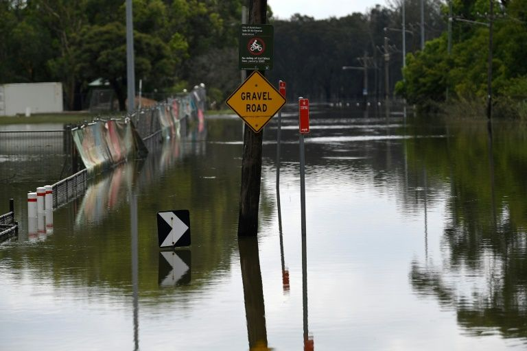 Floods fail to end Australia's years-long drought