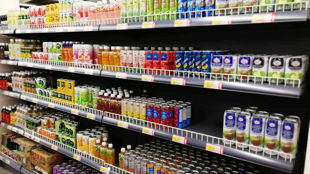 Big wholesale markets, supermarket stores return to business