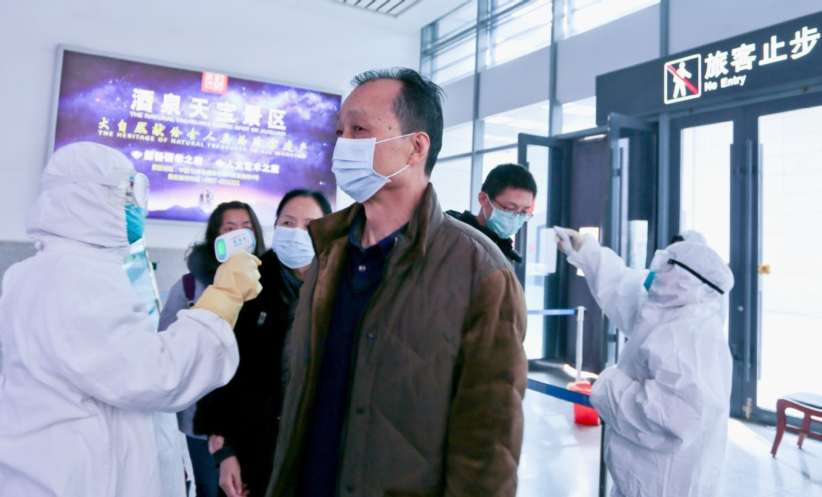 Civil aviation sector responds fast to outbreak with help