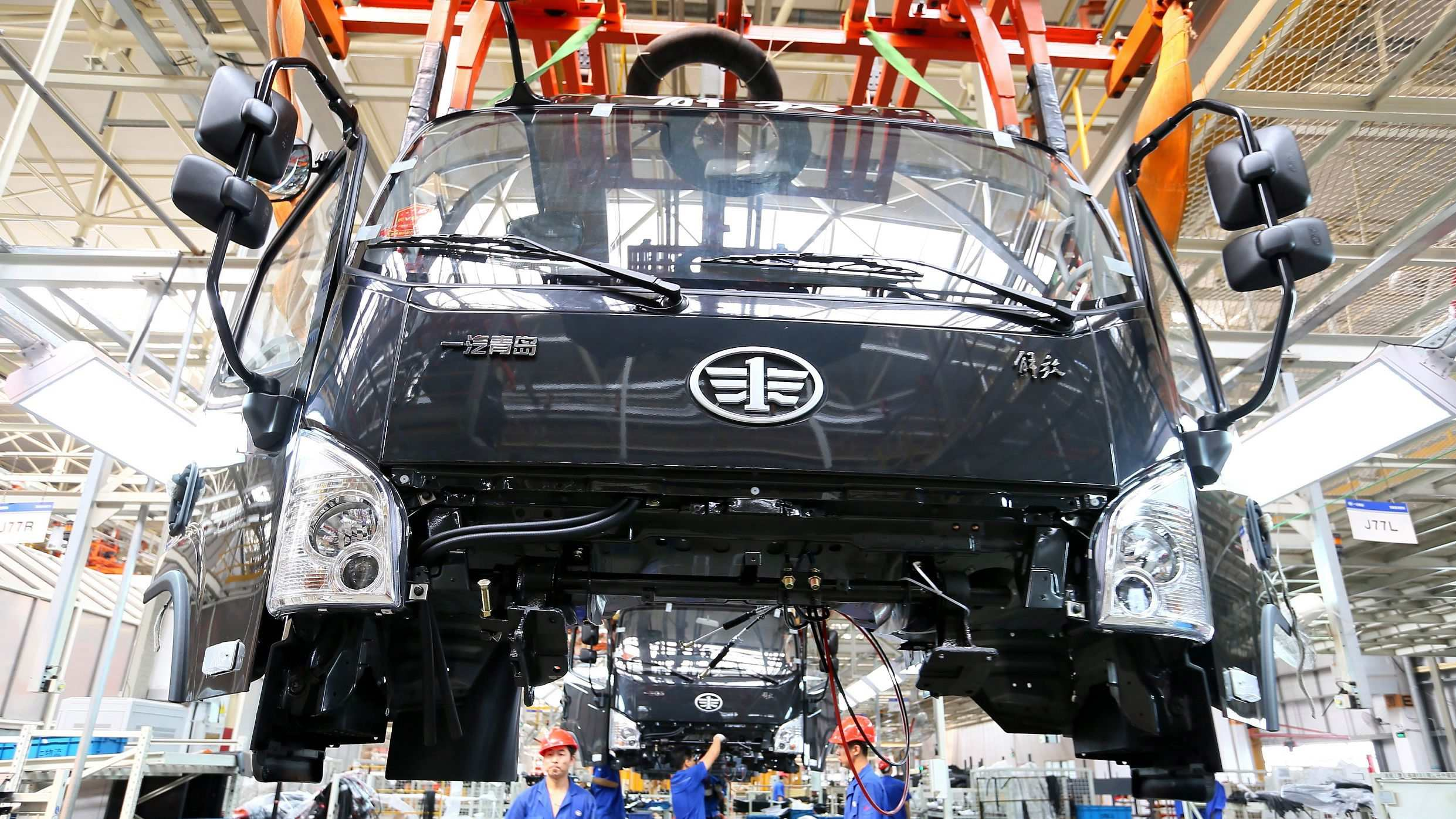 FAW-Volkswagen resumes production amid epidemic