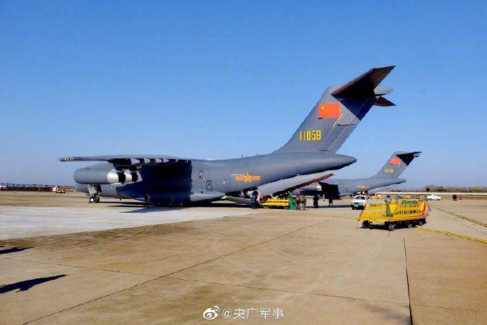 1,200 military medics arrive in Wuhan to help battle coronavirus