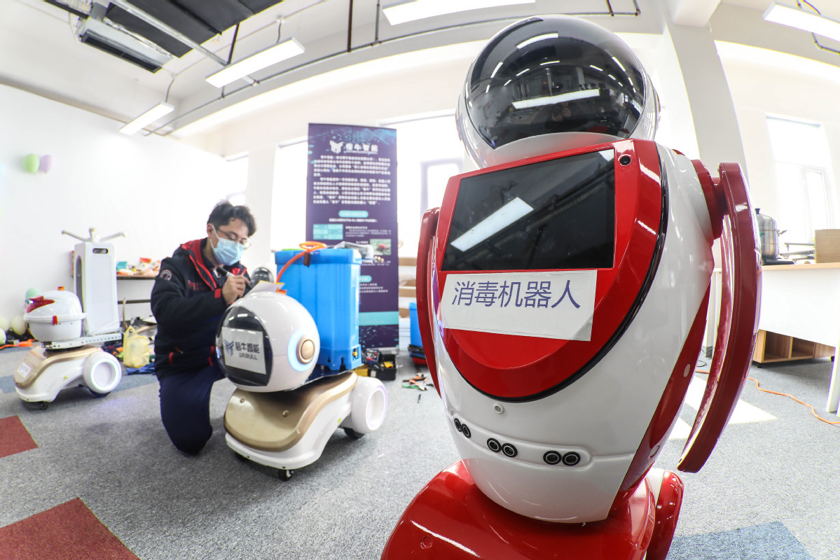 Robots lending technological hand to hospitals