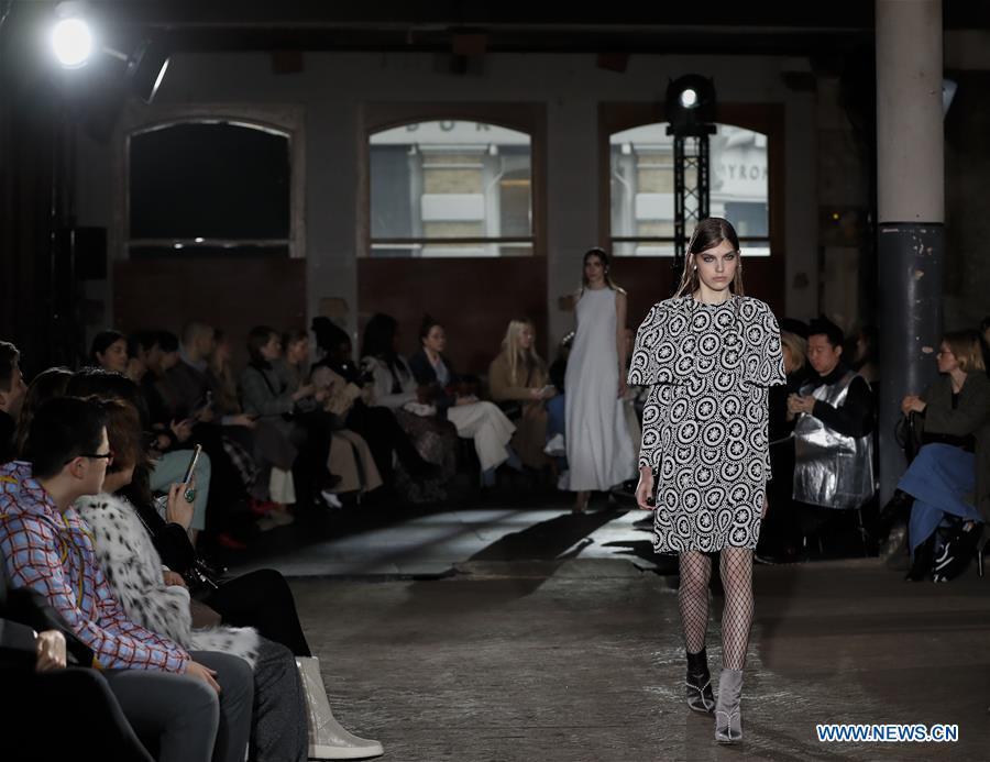 London Fashion Week: Huishan Zhang catwalk show