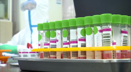China donates a batch of novel coronavirus test kits to Japan