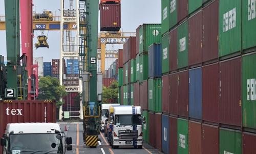 Epidemic disrupts NE Asia trade