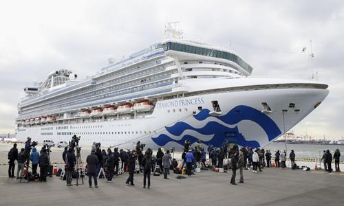 HK, Taiwan retrieving residents from quarantined ship in Japan