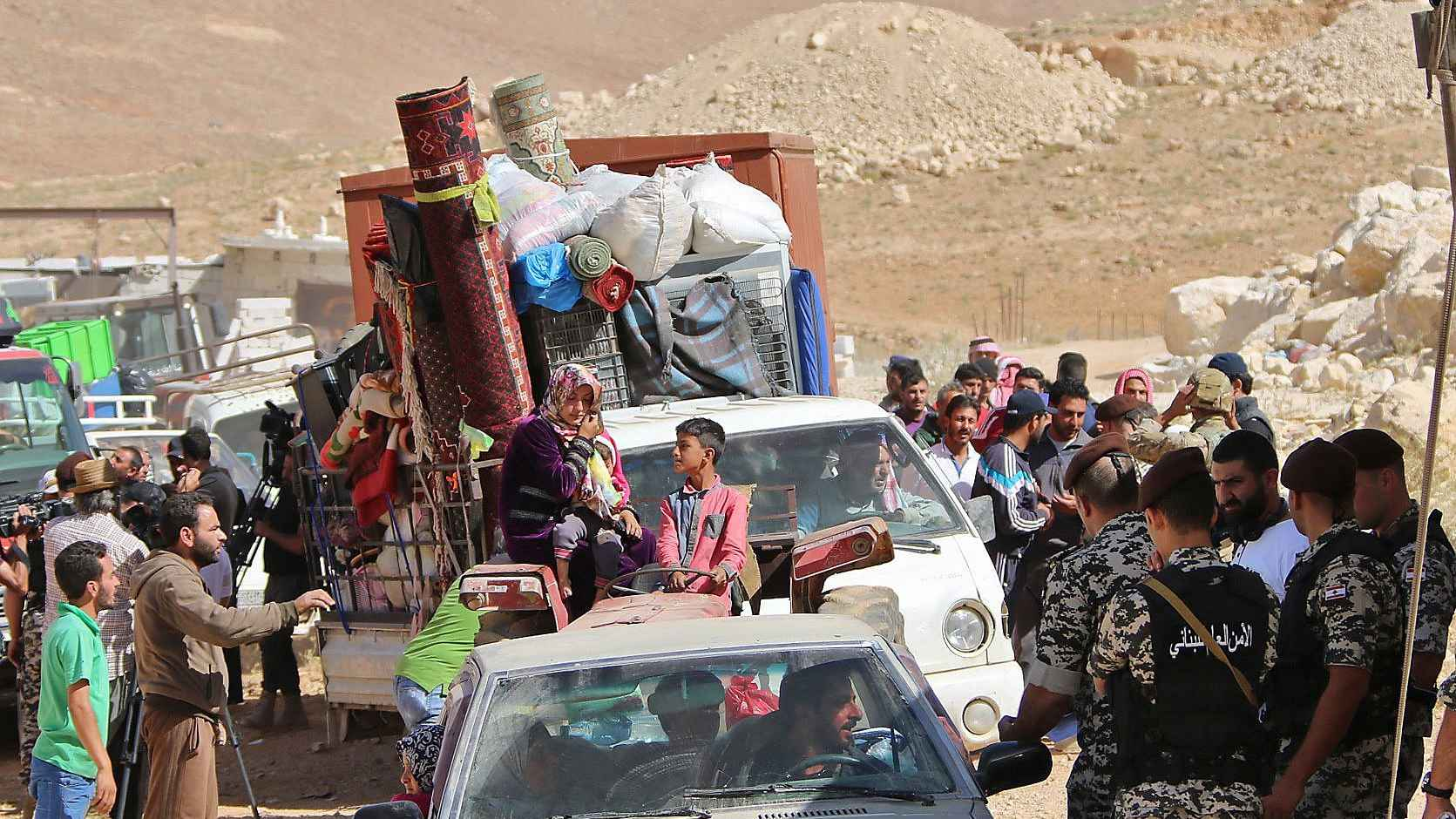Lebanon arrests 27 Syrians over illegal entry