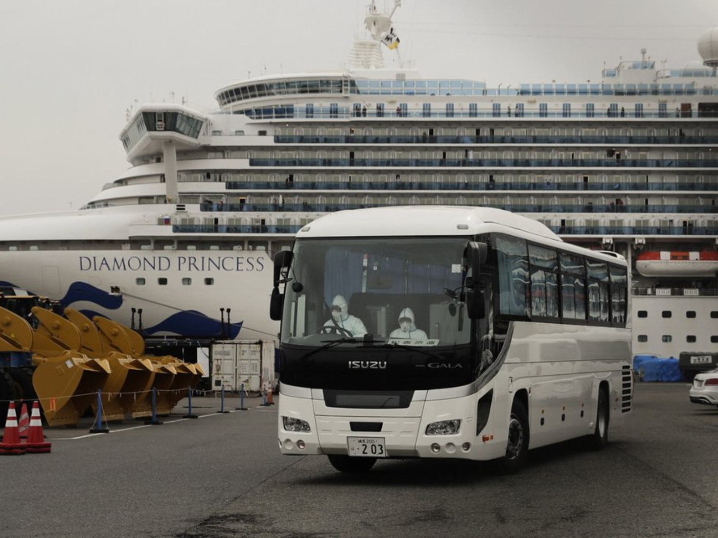Third return flight for Chinese nationals aboard Diamond Princess arrives in HK