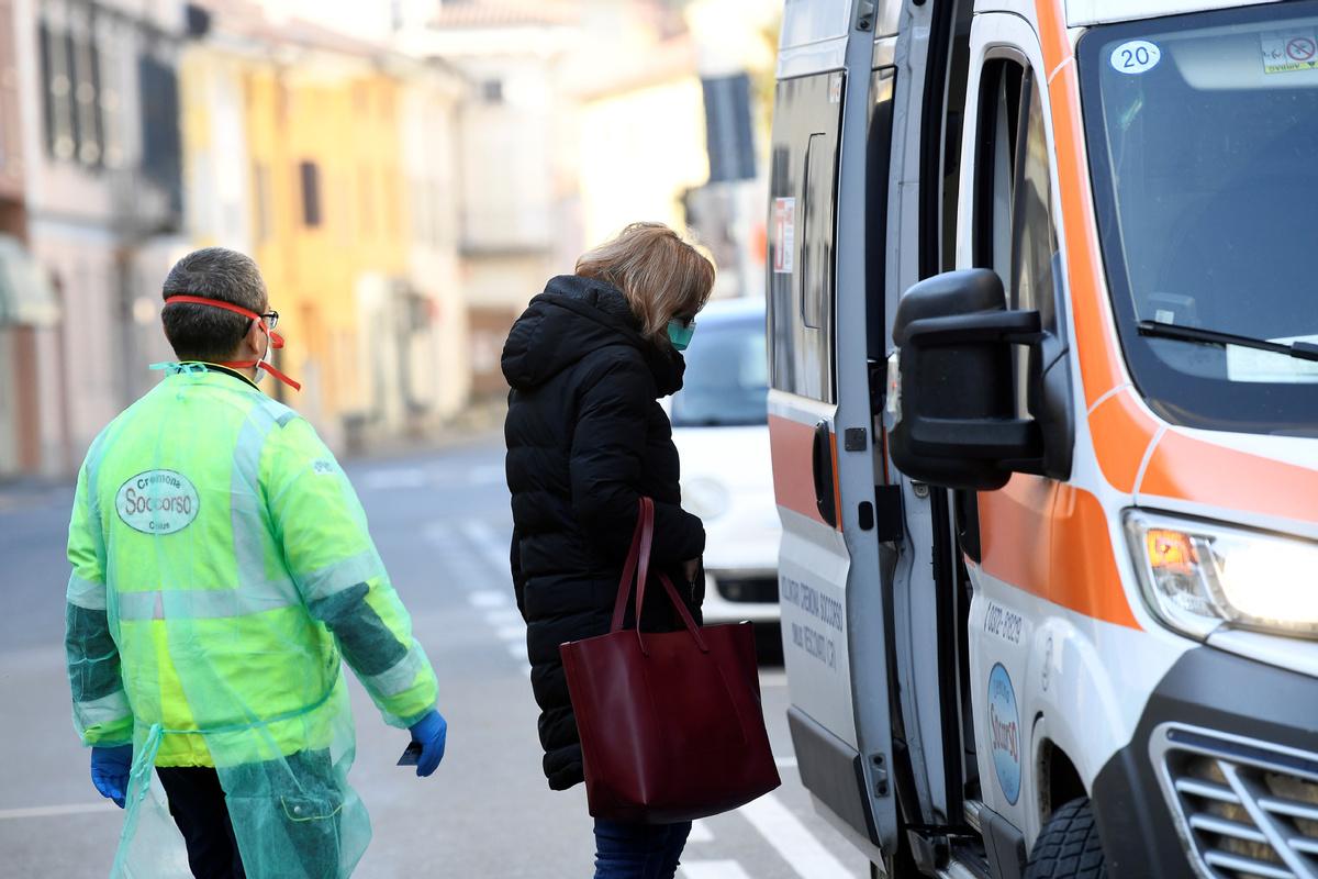 Italian gov't unveils tougher measures against coronavirus
