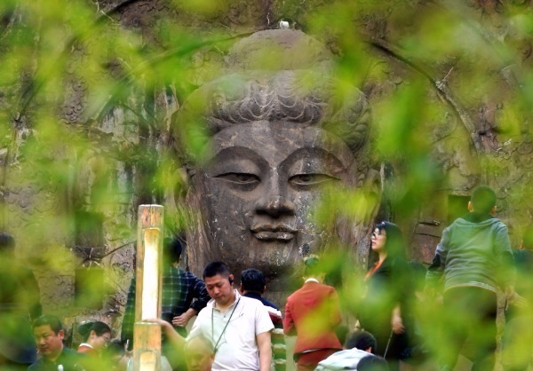 Chinese heritage site reopens after one-month closure in epidemic