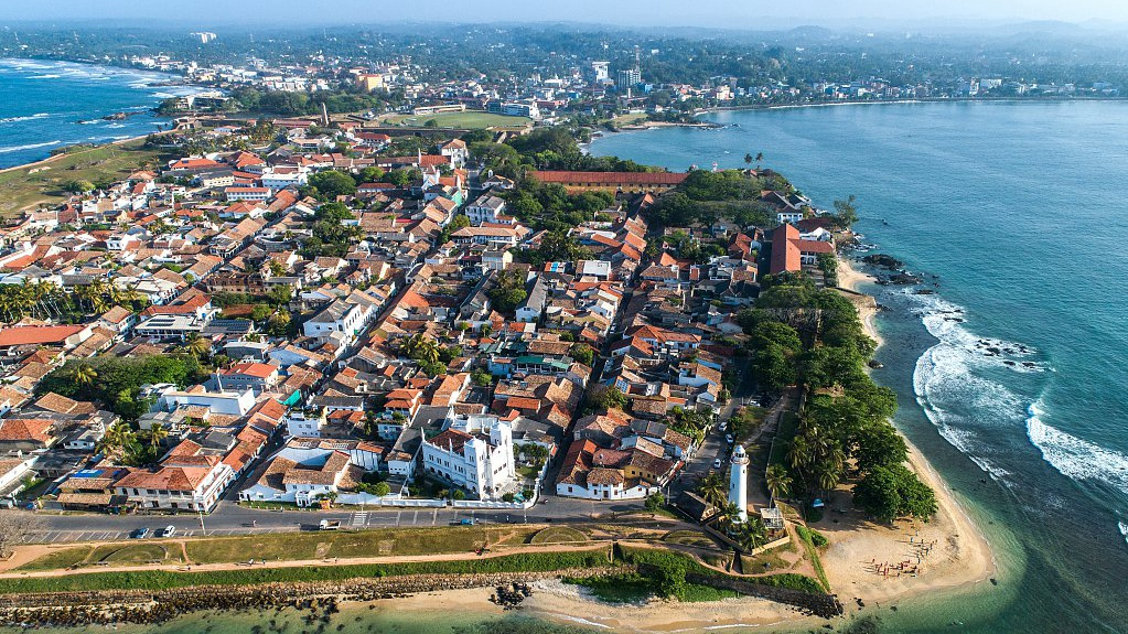 Sri Lanka looks to increase police presence at key tourist attractions