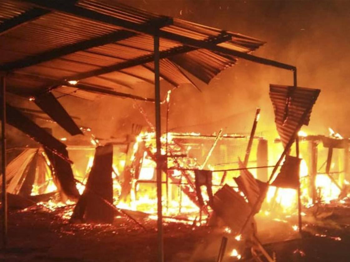 7 dead, 2 injured in house fire in Bandau, Malaysia