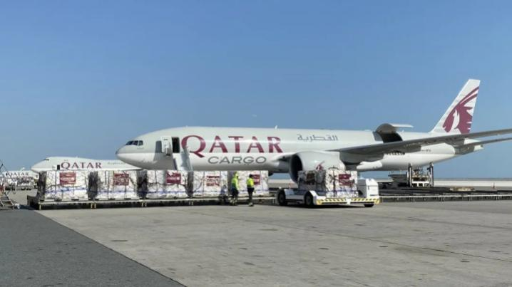 Qatar Airways fly medical supplies to China