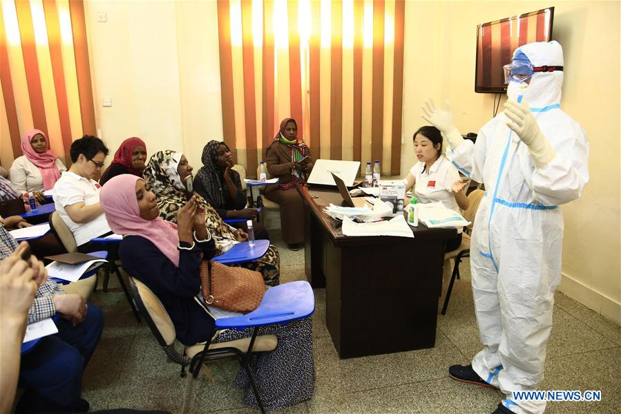 Chinese medical team in Sudan lectures on prevention, treatment of COVID-19