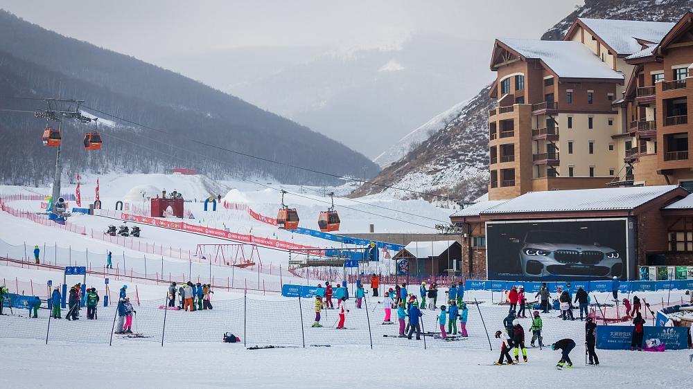 Zhangjiakou's Chongli to reopen ski resorts soon