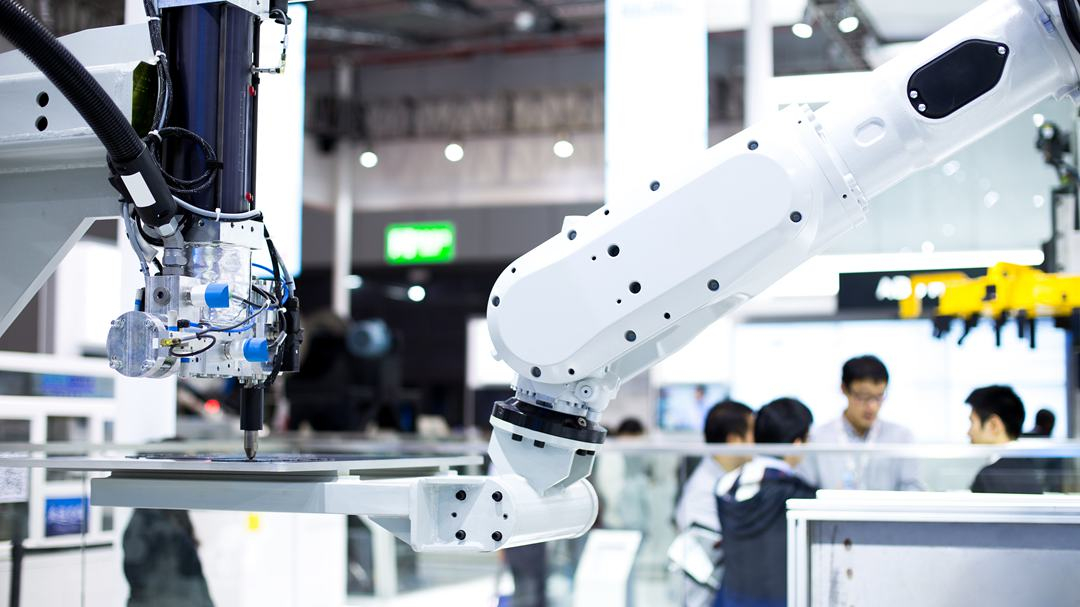 China's tech contracts exceed $318B in value in 2019