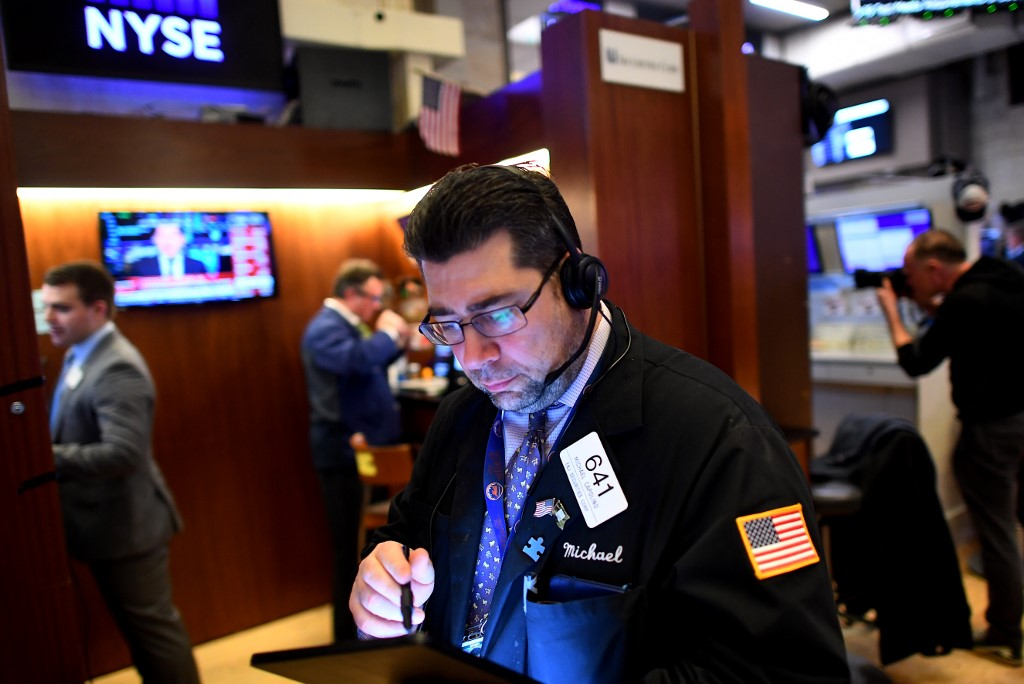 US stocks open higher, rebound from steep sell-off